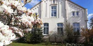 Ferienwohnungen Timmermann, 25128, Ferienwohnung Timmermann, Gartenseite in Bunde - kleines Detailbild