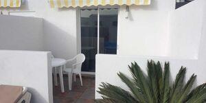 Villa Roja, Kleine Ferienanlage mit Pool, Spielplatz & Boule, Erdgeschoss Wohnung 6 am Pool in Tías - kleines Detailbild