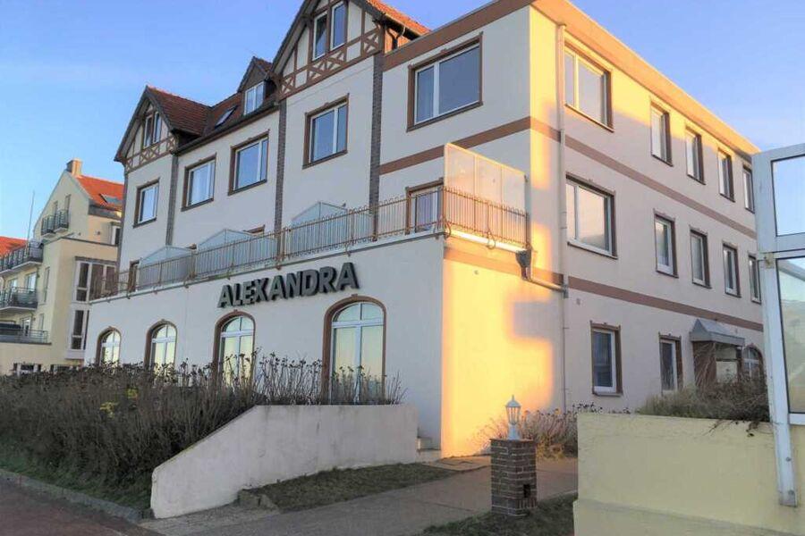 Blick von Norden auf das Haus Alexandra
