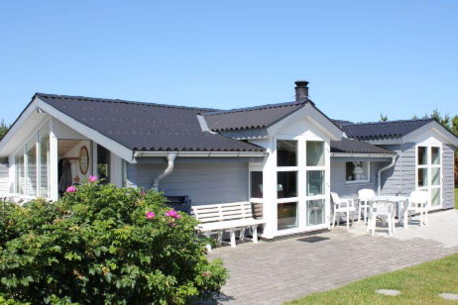 Spitze Ferienhaus Carport und Sauna