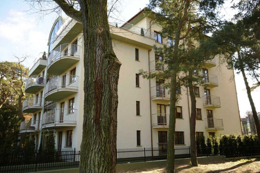 Rezydencja Zeromskiego (RZ17, RZ27), M27