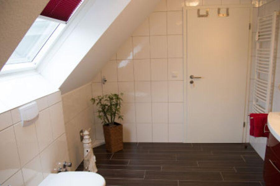 Wärmehandtuchhalter u. Fußbodenheizung