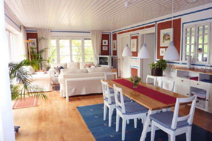 Unser gemütliches Wohn- und Esszimmer