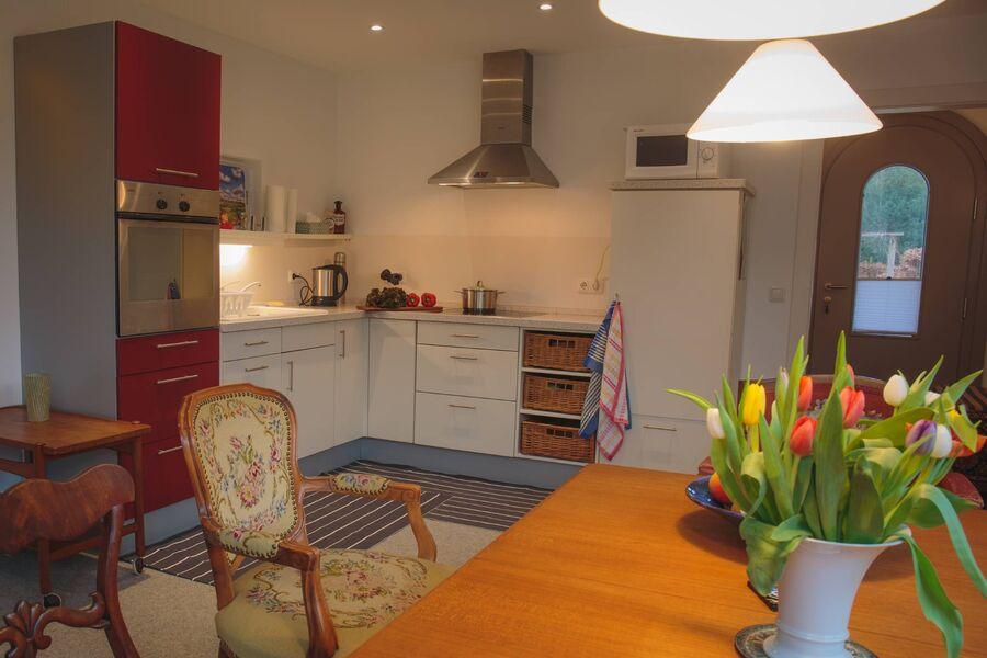 Küchenzeile der Wohnküche