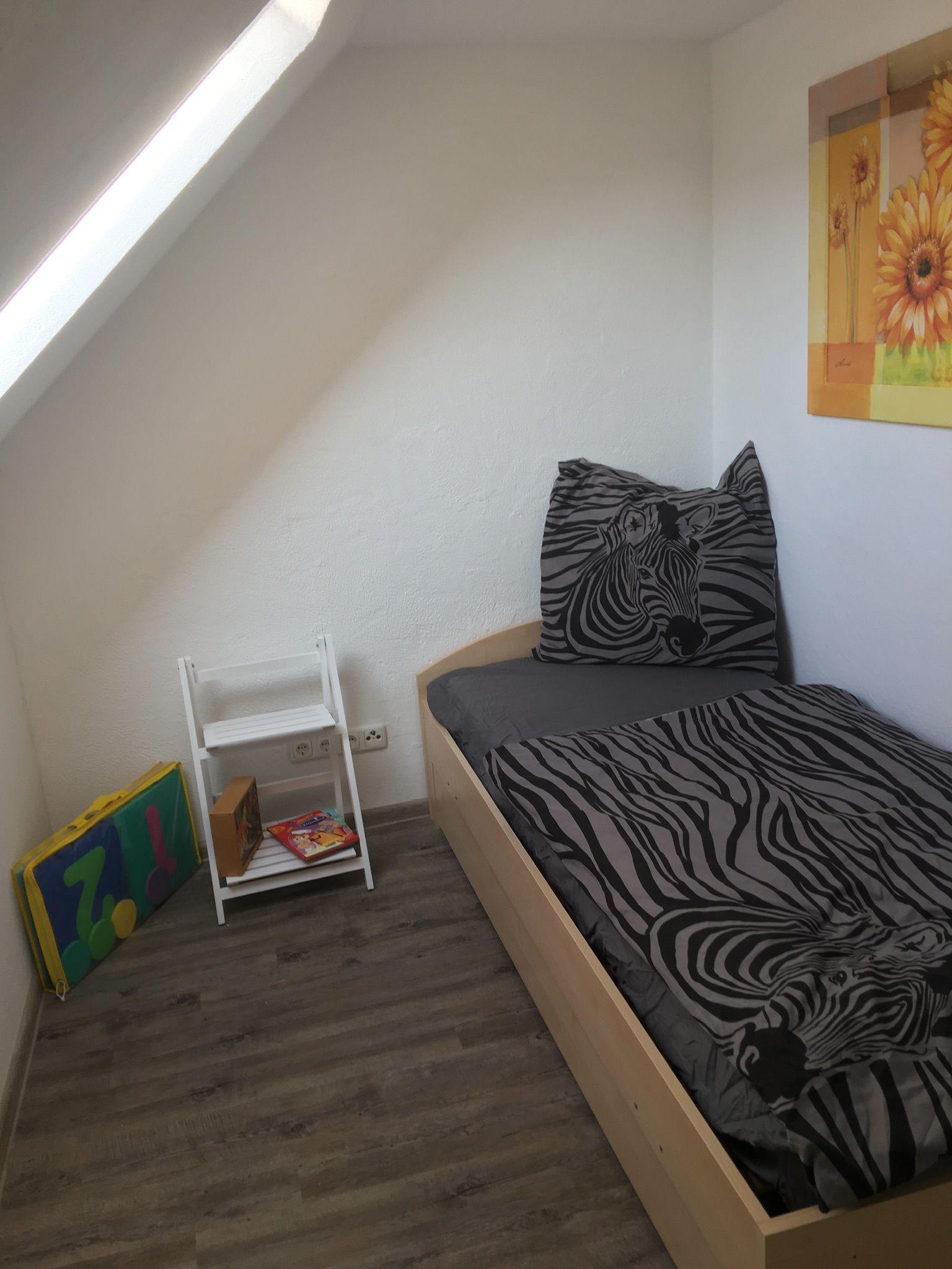 Schlafzimmer 2 Bett ausziehbar