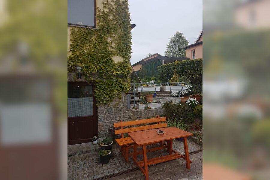 Eingang Ferienwohnung mit Sitzecke