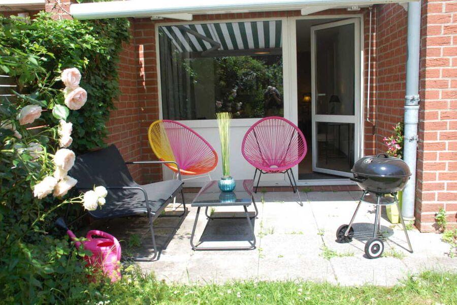 Chillen und grillen: Die Terrasse mit Markise, Lou