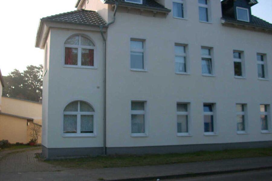 Mehrfamilienhaus mit 2 Appartements