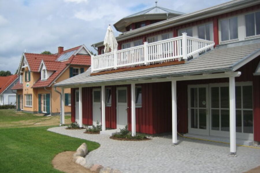 Südseite mit Dachterrasse