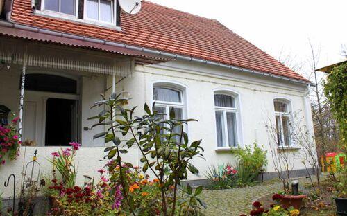 Ferienwohnung  Zur Alten Schule Neuburxdorf, Fewo mit 3 Schlafzimmern und Kachelofen