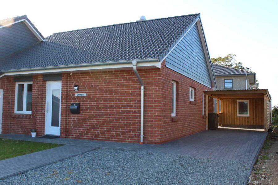 Ferienhaus in neuerbauter Doppelhaushälfte