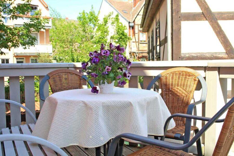 Ferienhaus mit Balkon