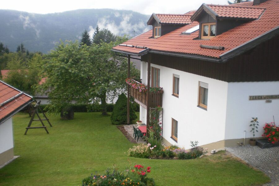 Ferienwohnung mit Terrasse/Grill
