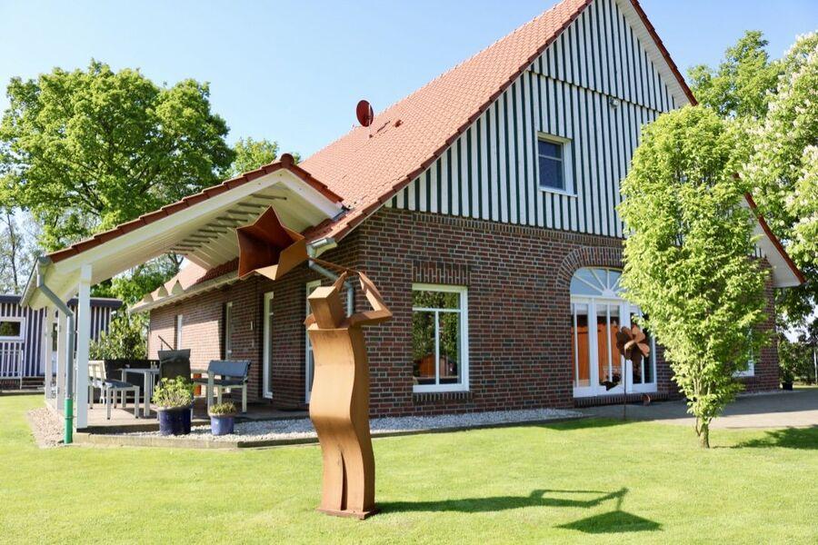Landhaus Terrassenansicht