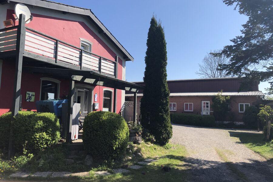 Haupthaus - Ferienwohnung - rechts