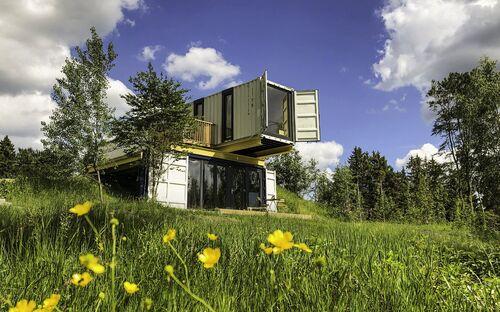 Bergheim Container Loft 'Drop' - Tiny House in den Bergen