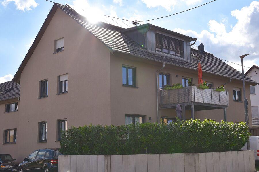 Mehrfamilienhaus mit einer Ferienwohnung