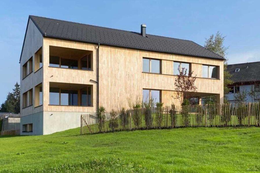 Das Apartmentshaus in Mitten von Sulzberg