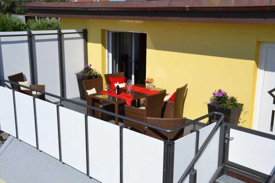 eigener Balkon (FeWo)