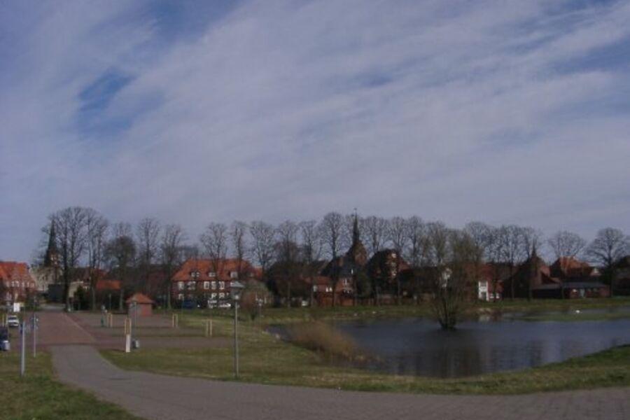 Dömitz/Elbe vom Deich aus gesehen