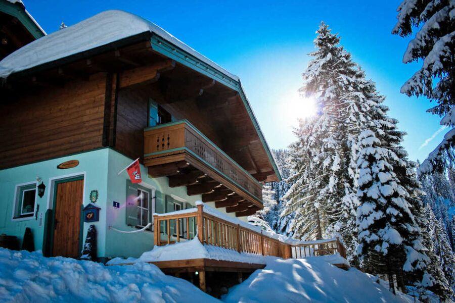 Apartment Strims - Winter