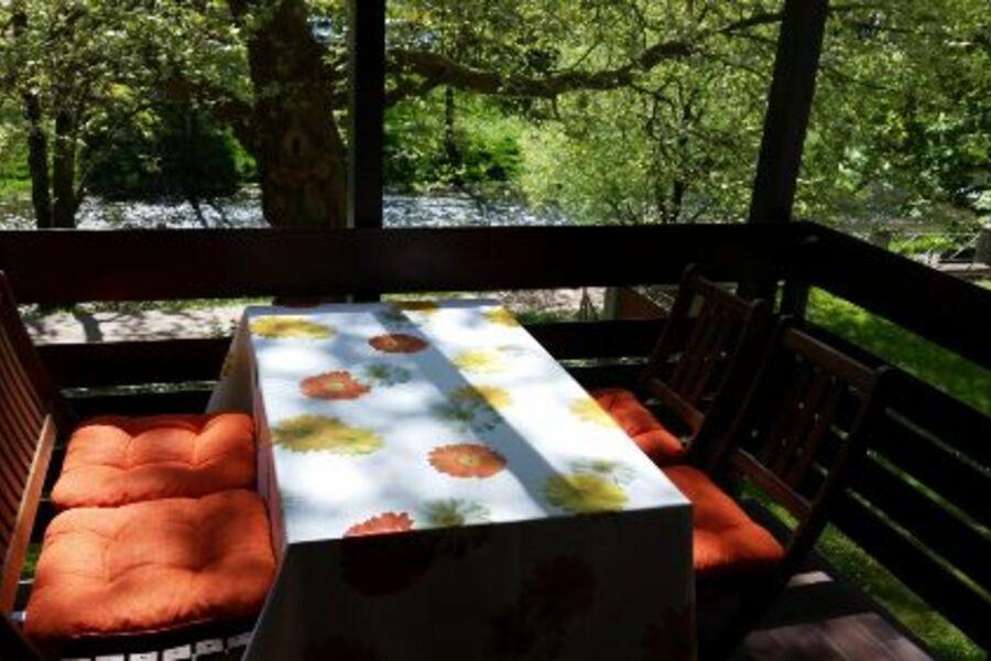 Balkon mit Blick auf die Dreisam