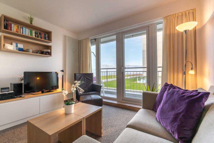 Wohnbereich mit freiem Meerblick auf die Nordsee