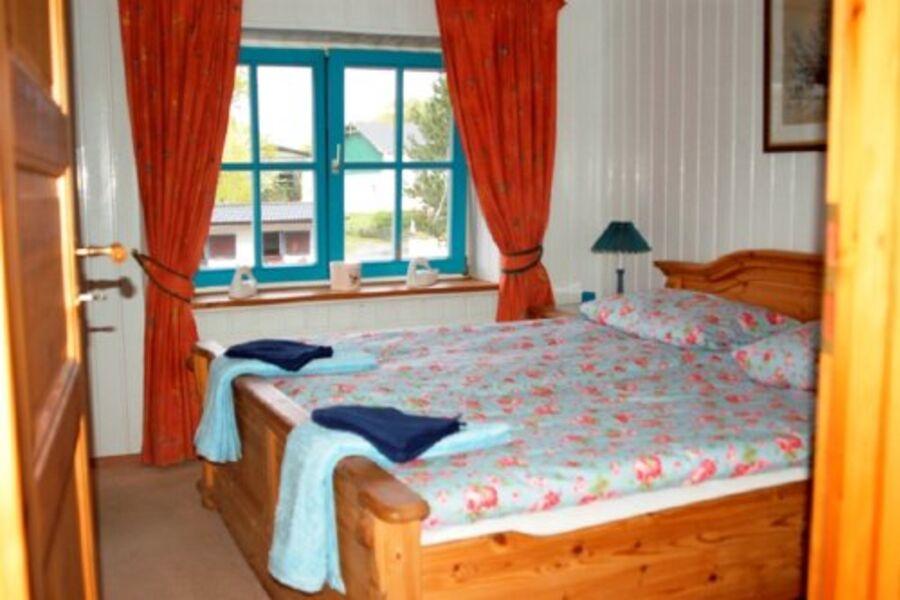 Schlafzimmer mit Hofblick.