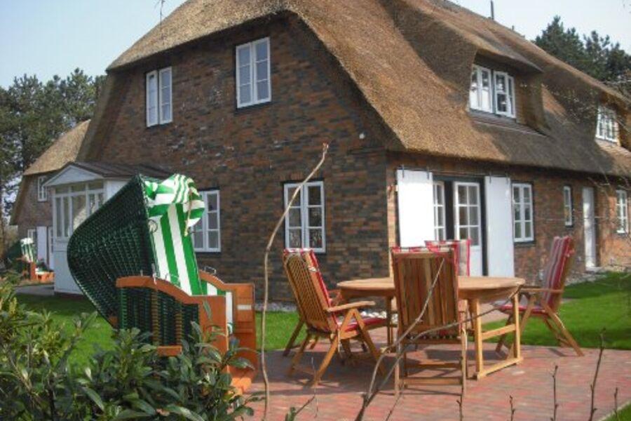 Doppelhaushälfte mit Terrasse