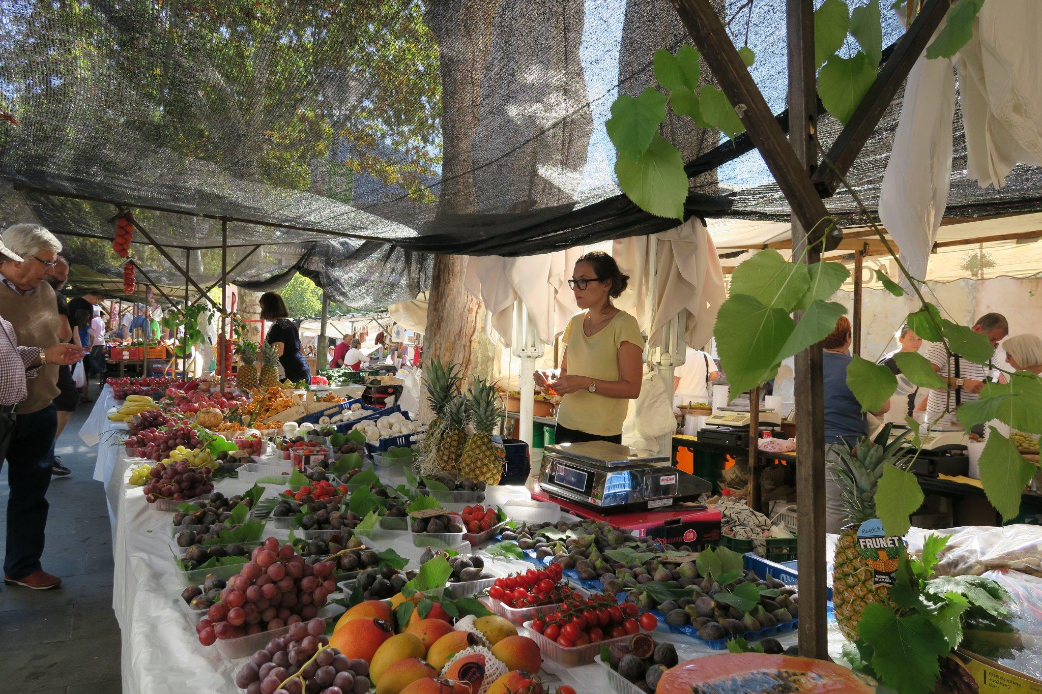 Sonntagsmarkt in Pollença