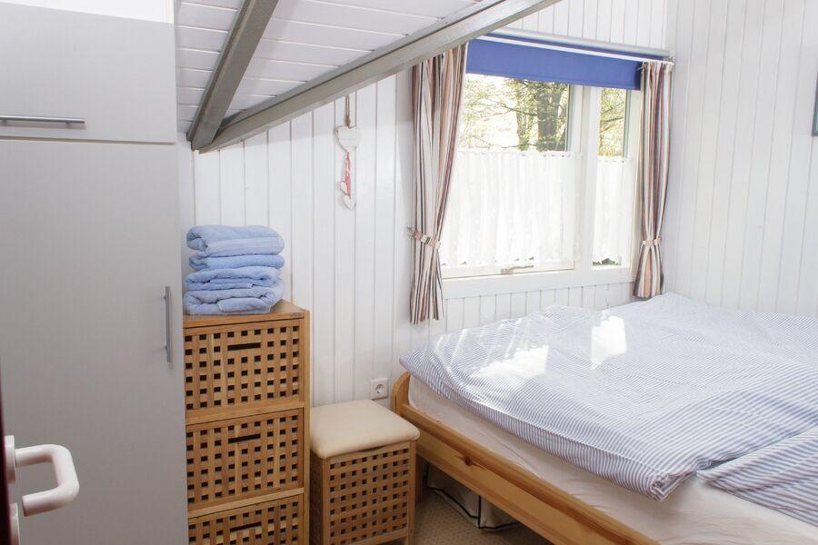 Doppelbett (140 x 200 cm)