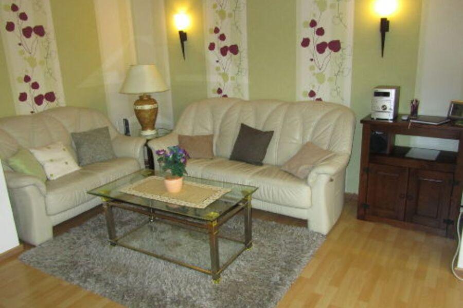 Wohnzimmer Sitzecke mit Stereo Anlage