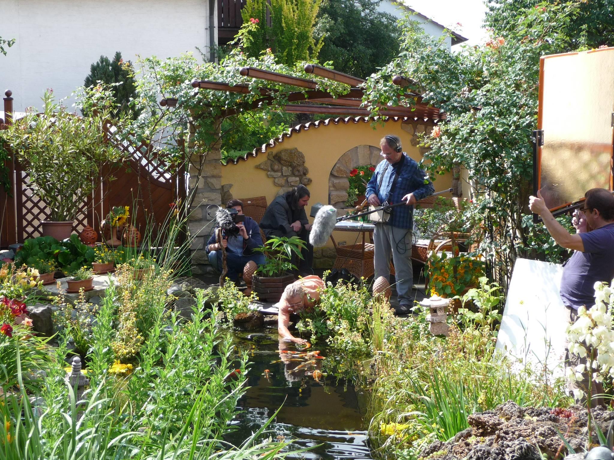 Dreharbeiten im Garten