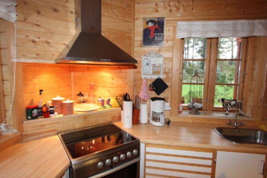 Rustikale Küche in Holz