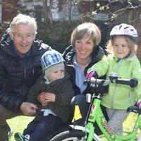 Vermieter: Sepp und Iris Kleisl mit den Enkeln Luis