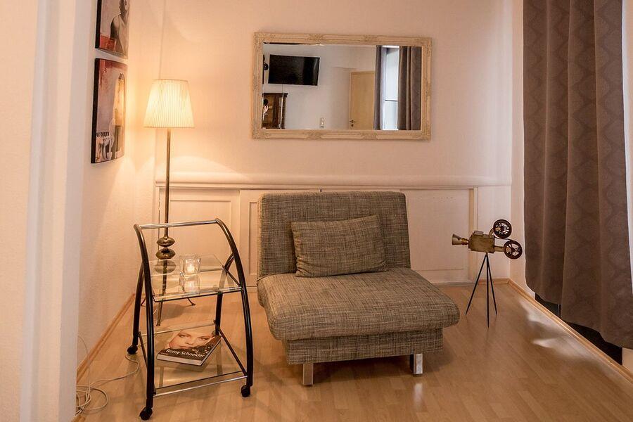 Ferienwohnung 1, Wohn-Küche mit TV