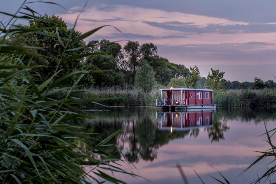 BunBo - das schwimmende Ferienhaus !