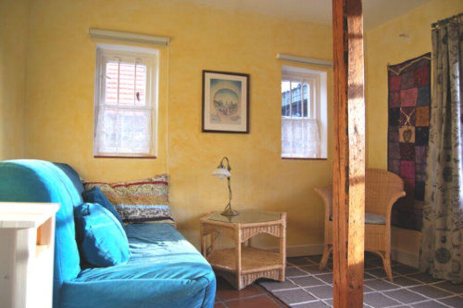 Wohnraum mit 140er Schlafsofa