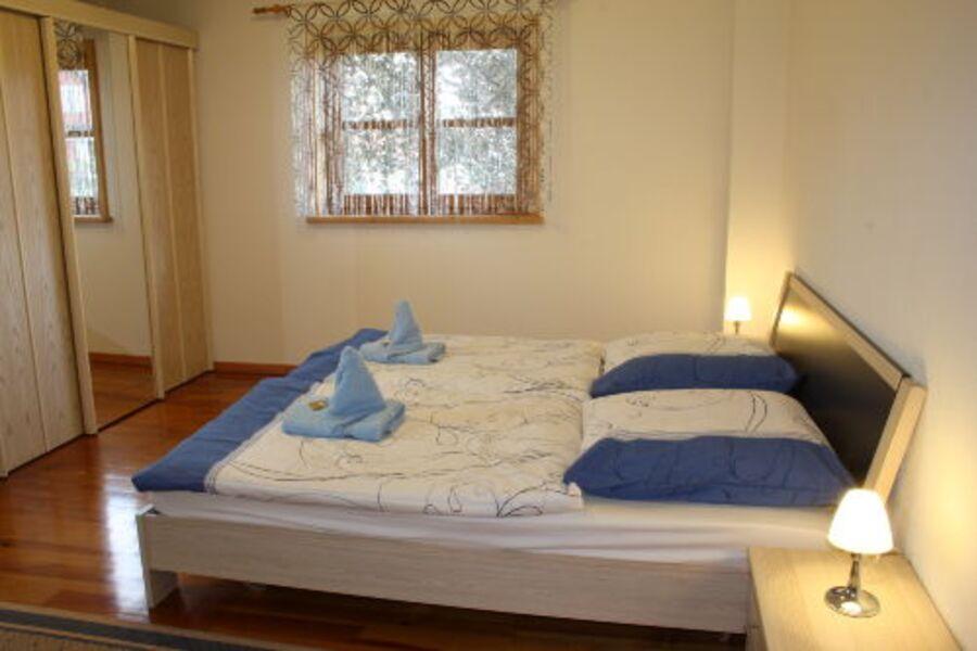 Schlafzimmer 2 OG - Doppelbett
