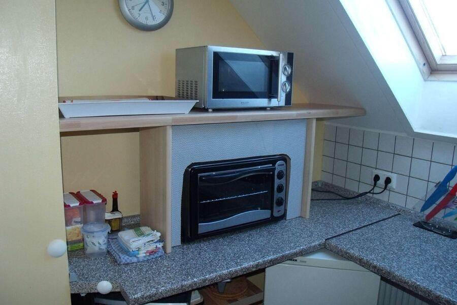 Microwelle,Tischbackofen+2. Kühlschrank
