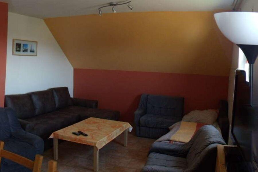 Wohnzimmer 2 Sofas z. ausziehen+2 Sessel