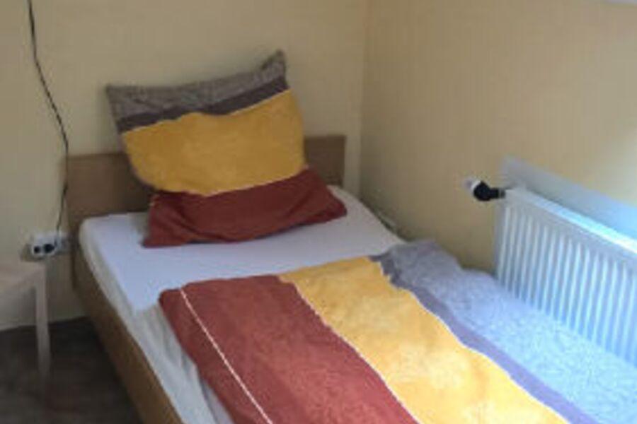 Das kleine Schlafzimmer Bett 1 x 2 m