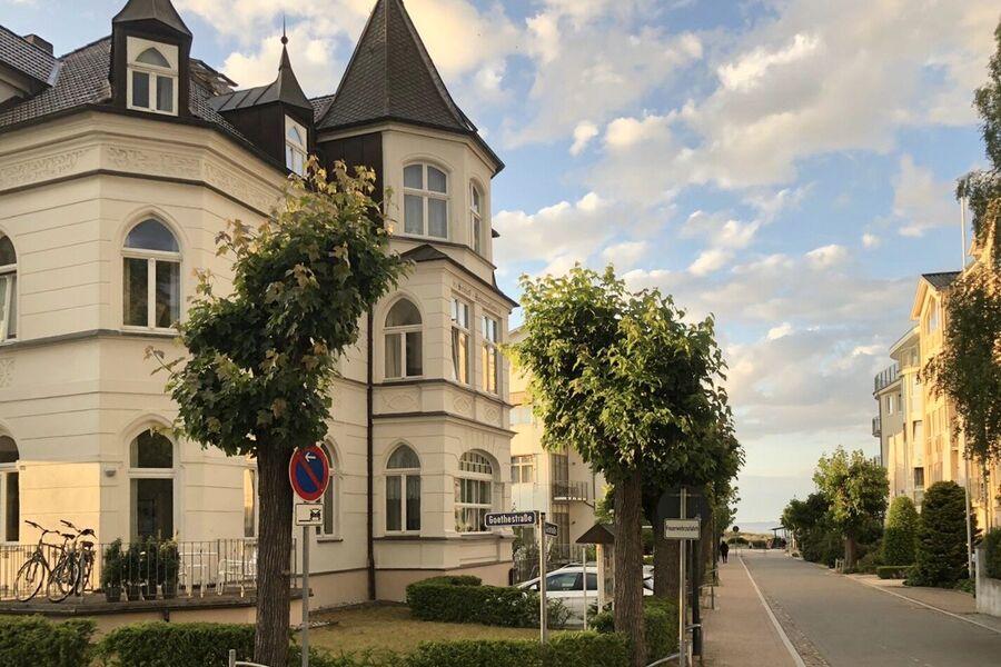 Haus Schloß Hohenzollern Straße zum Meer