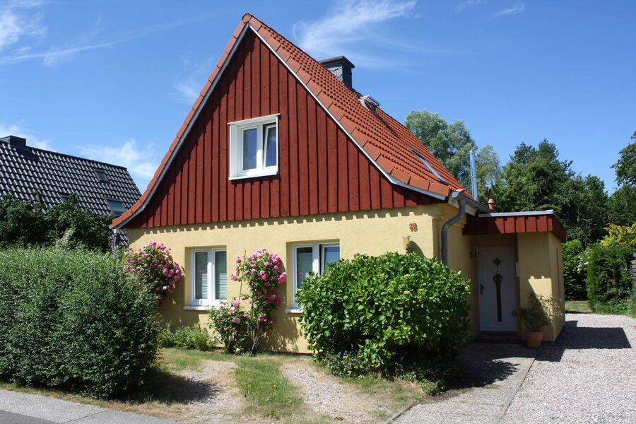 Haus Möwe mit Ferienwohnung Silbermöwe