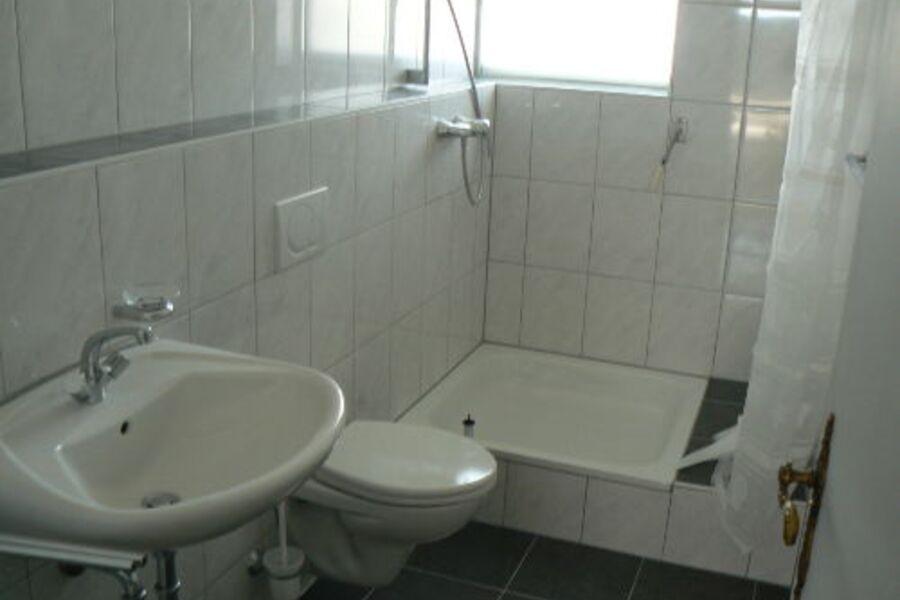Bad vom Schlafzimmer aus zugänglich