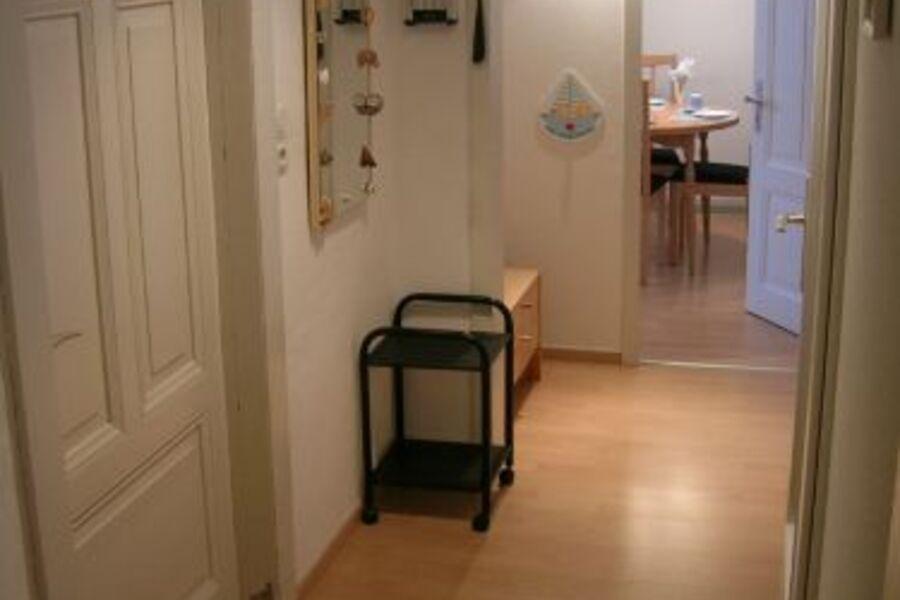 Eingangsbereich Blickrichtung Wohnzimmer