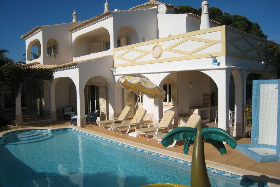 Vivenda Larga Vista mit Pool