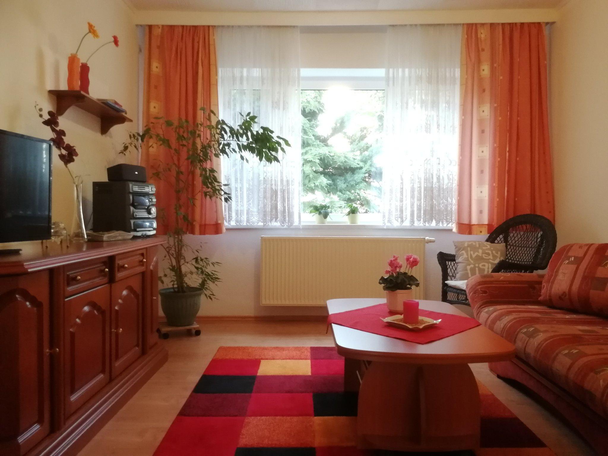 Wohnzimmer, SAT-TV