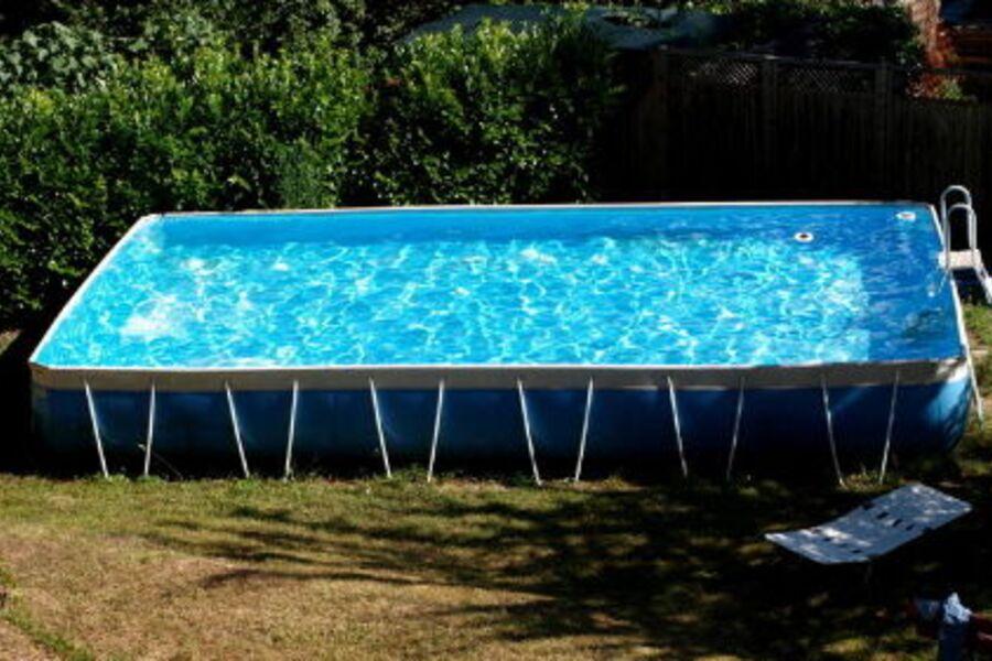 Pool 8 x 4 Meter