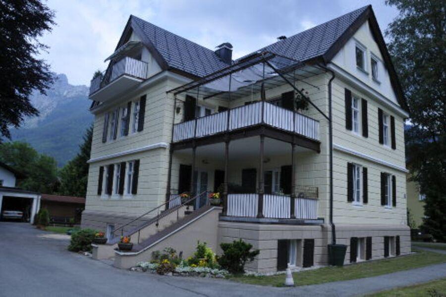 Haus Corona - Ferienwohnungen Anner